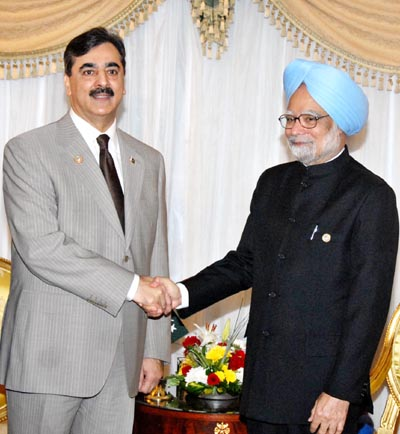 July, 16: Pakistan Prime Minister Syed Yousaf Raza Gillani, Shaking hand with Indian Prime Minister Manmohan Singh