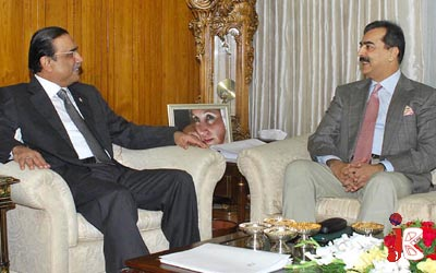 October 05: Prime Minister Syed Yousaf Raza Gilani called on President Asif Ali Zardari at President House.