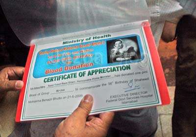 June, 22: Certificate of PM who donates his Blood