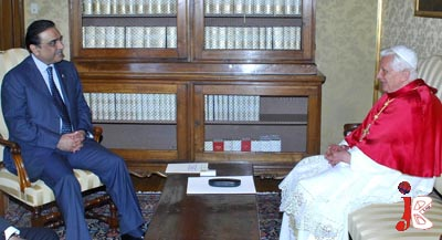 October 01: President Asif Ali Zardari meeting with Pope Benedict XIV in Rome