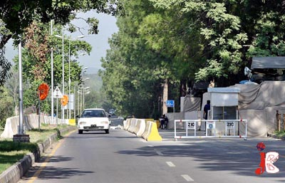 September 30: Concrete barriers are placed on the road which are causing inconvenience for the commuters at F-6/2 as half of the road is blocked by these hurdles on different roads of the capital due to the security reasons.