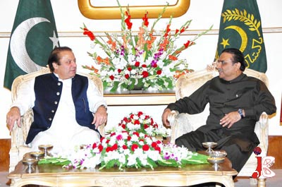 October 26: President and Co-Chairman Pakistan People's Party Asif Ali Zardari having a meeting at President House.